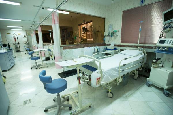 خبرنگاران استاندار: طی یکسال 450 تخت به ظرفیت بیمارستانی قم اضافه کرد شد